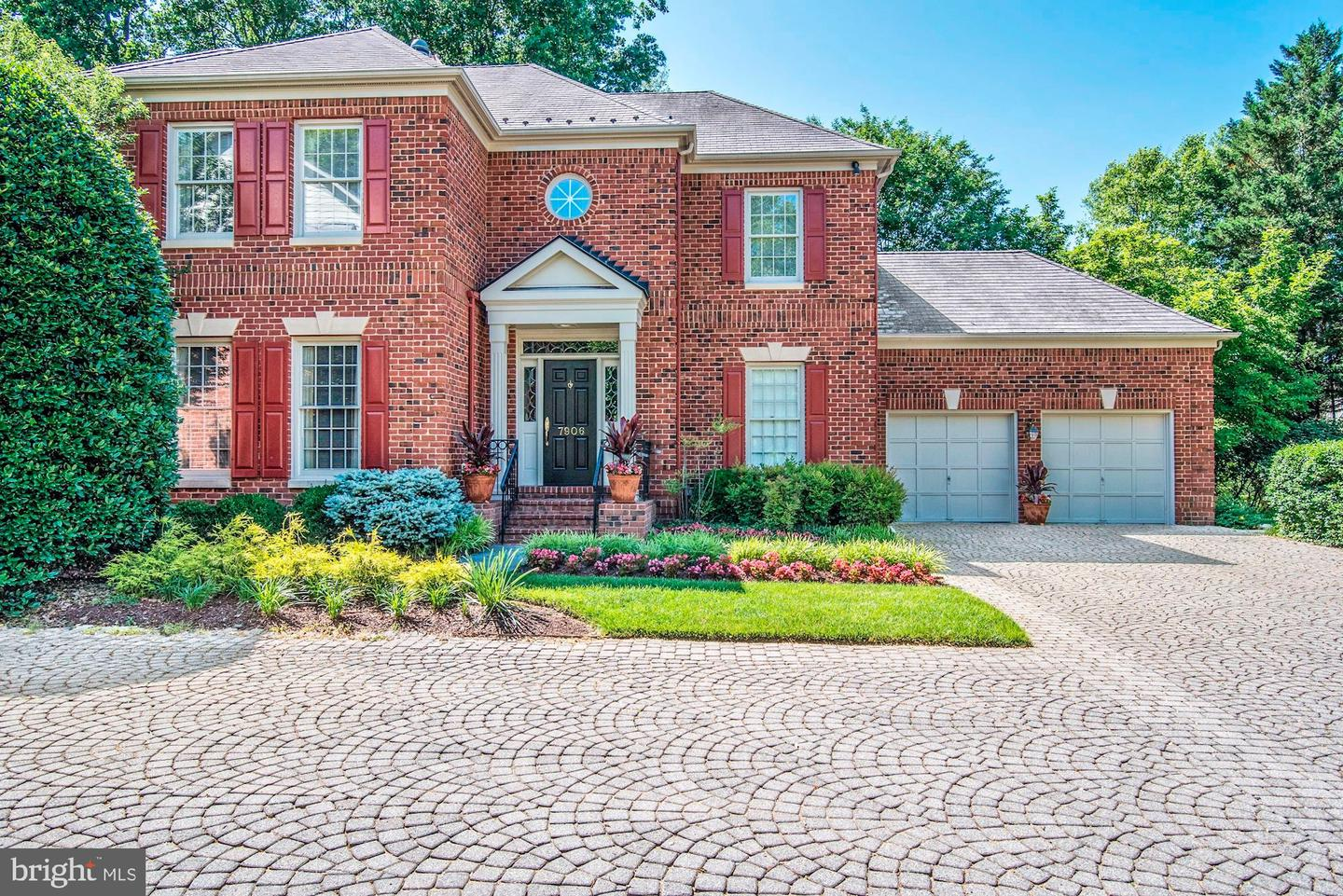 Single Family for Sale at 7906 Sandalfoot Dr Potomac, Maryland 20854 United States