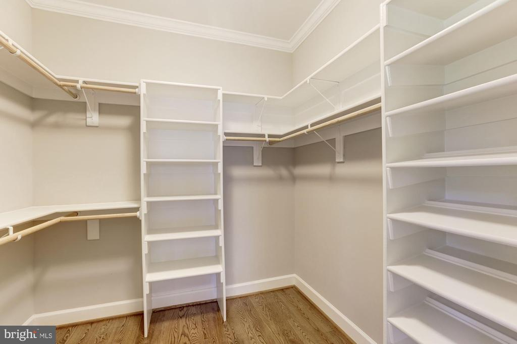 Walk In-Closet number 2 - MBR - 4339 26TH ST N, ARLINGTON