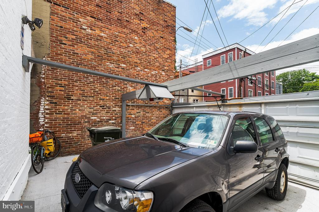 Two car secured parking next to garage - 1009 O ST NW, WASHINGTON