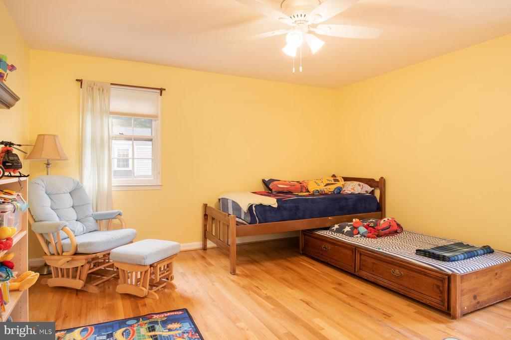 Bedroom 2 - 9334 BOOTHE ST, ALEXANDRIA