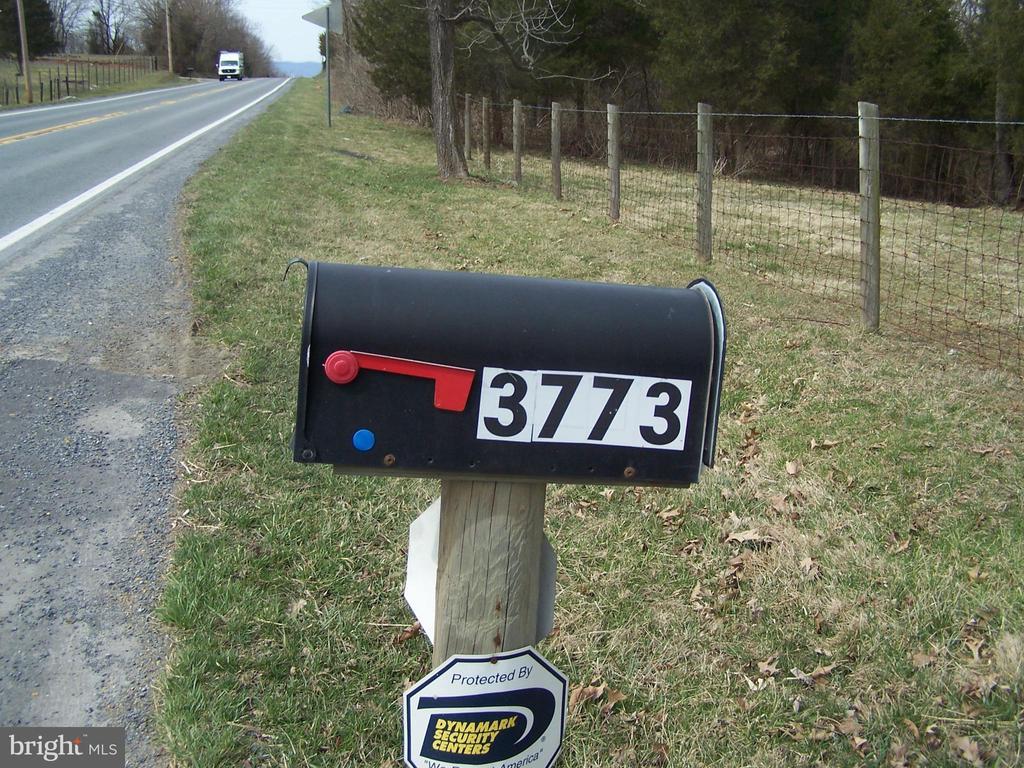 ENTRANCE - 3773 SHEPHERDSTOWN PIKE, MARTINSBURG