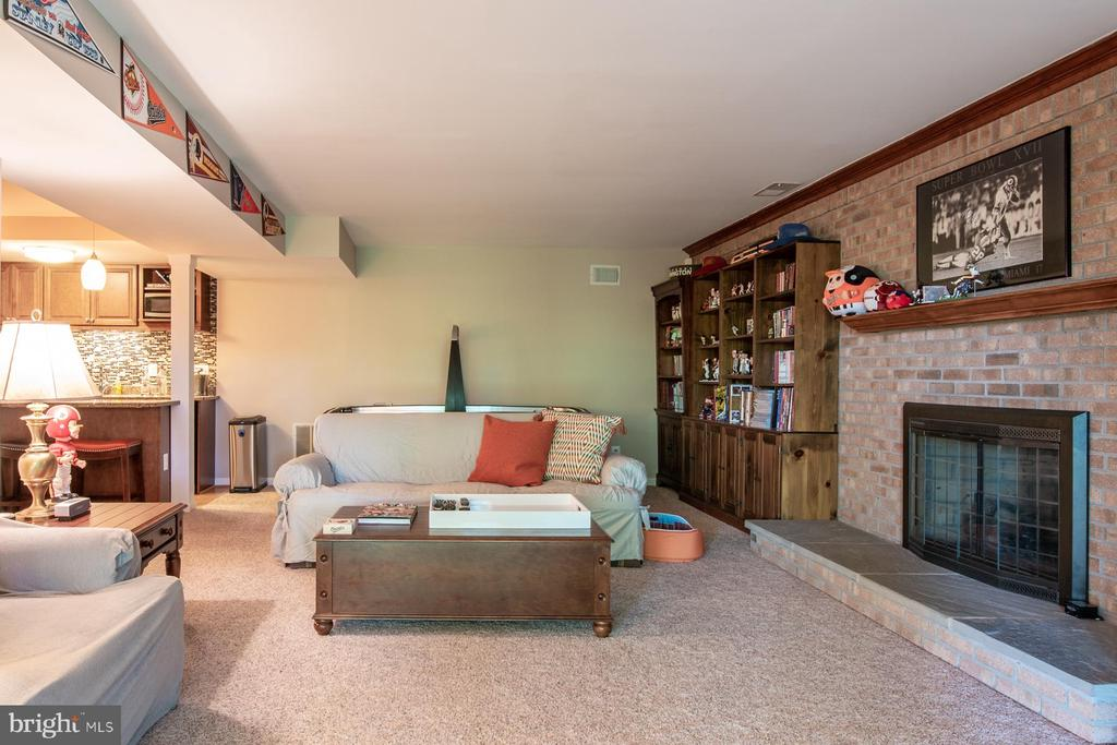 Lower Level with Gas Fireplace - 7615 RIDGECREST DR, ALEXANDRIA