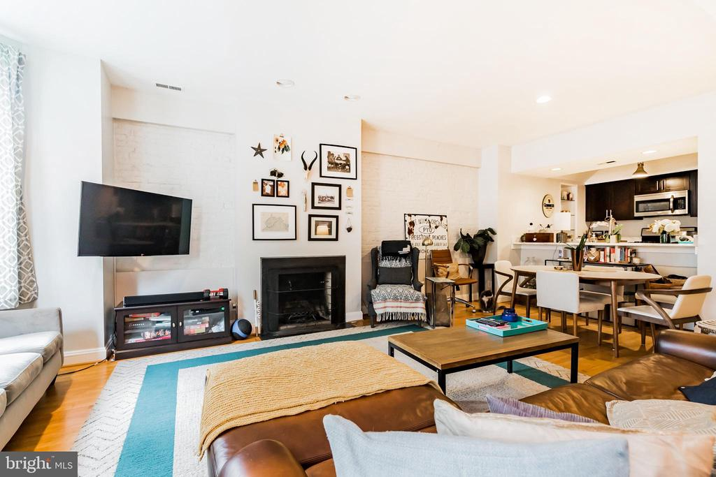 Unit #1 Gorgeous living room with fireplace - 1009 O ST NW, WASHINGTON