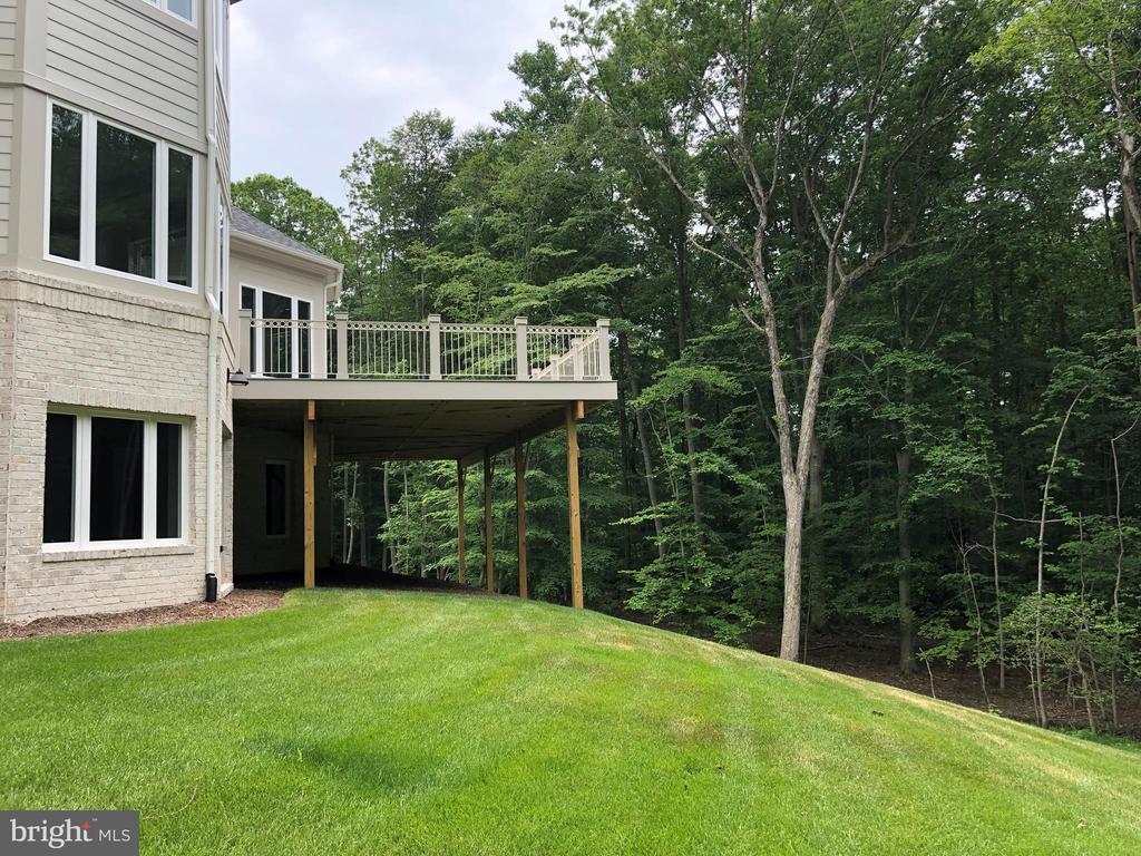 Side View, Deck - 10710 HARLEY RD, LORTON