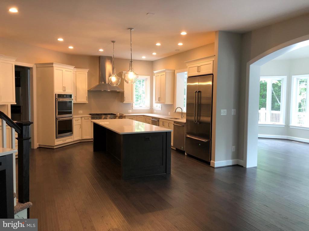 Kitchen - 10710 HARLEY RD, LORTON