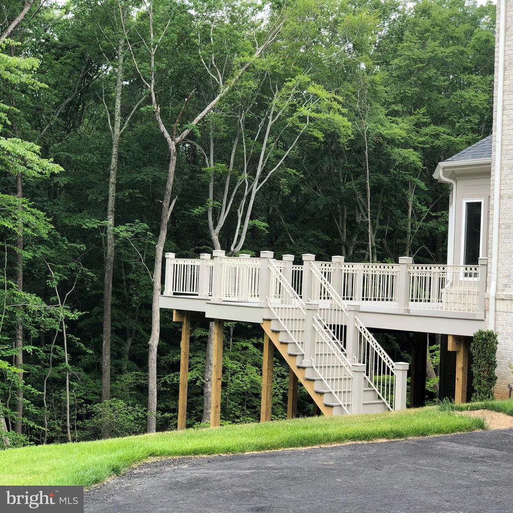 Outside Stairs to Deck - 10710 HARLEY RD, LORTON