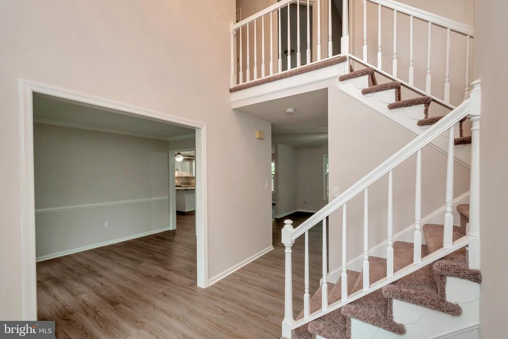 Open Floor Plan from Foyer - 5021 QUEENSBURY CIR, FREDERICKSBURG