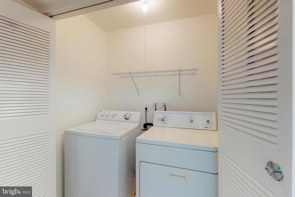 Full size washer and dryer closet in unit - 7806 DASSETT CT #203, ANNANDALE