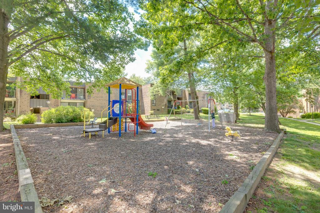 Tot lot on common grounds - 7806 DASSETT CT #203, ANNANDALE