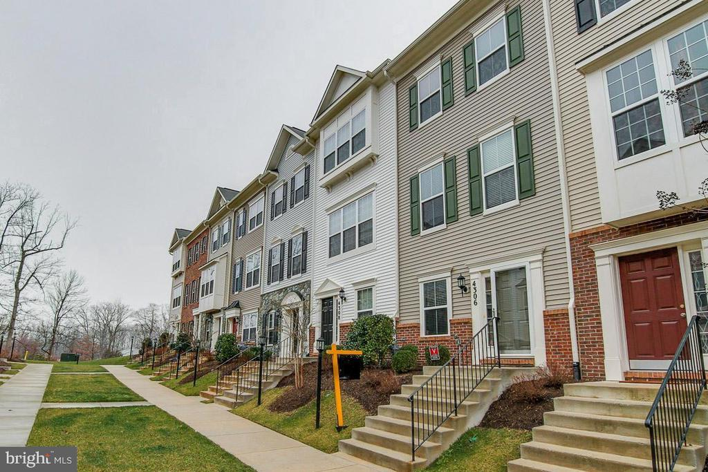 - 4306 POTOMAC HIGHLANDS CIR #41, TRIANGLE