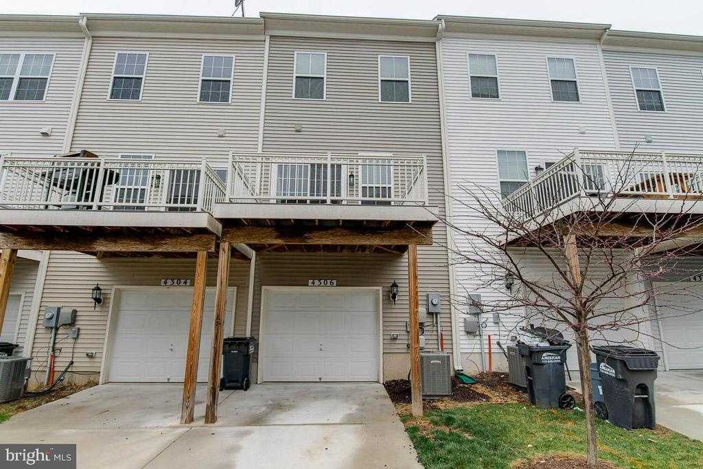 Large Deck for Entertaining, Relaxing, or BBQ's - 4306 POTOMAC HIGHLANDS CIR #41, TRIANGLE
