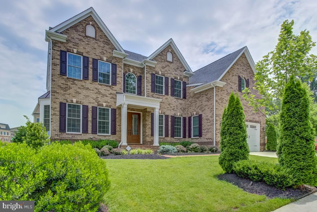 2327  DALE DRIVE, Falls Church, Virginia