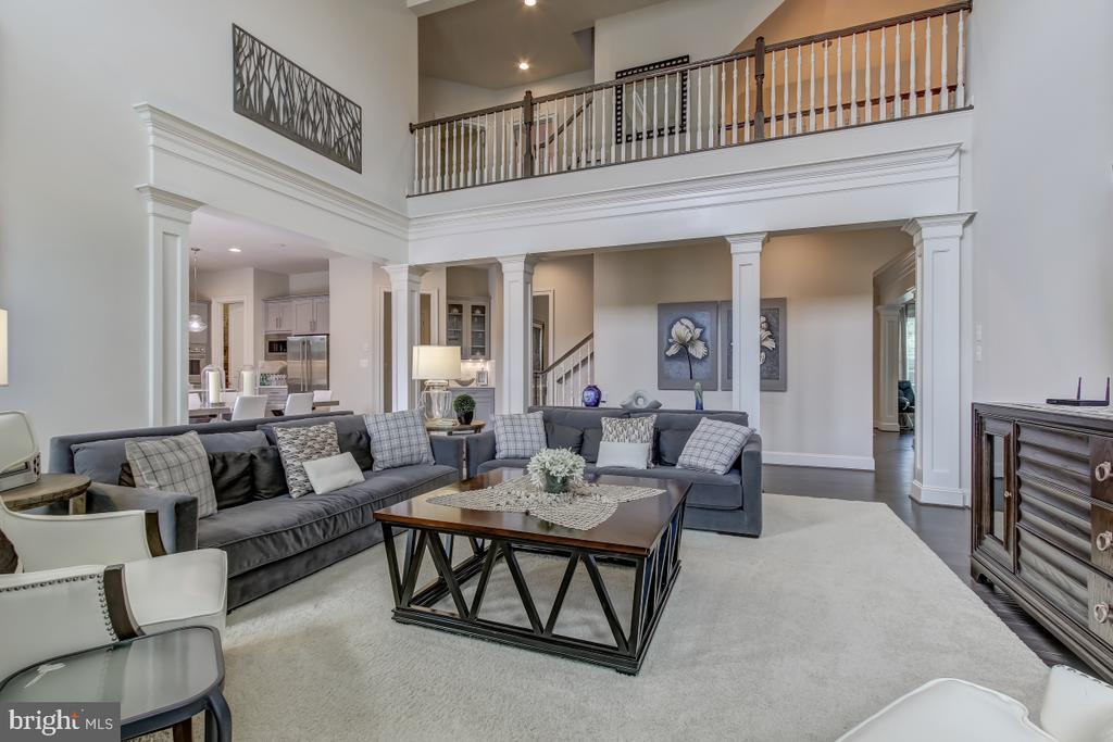 Two-story family room - 2327 DALE DR, FALLS CHURCH