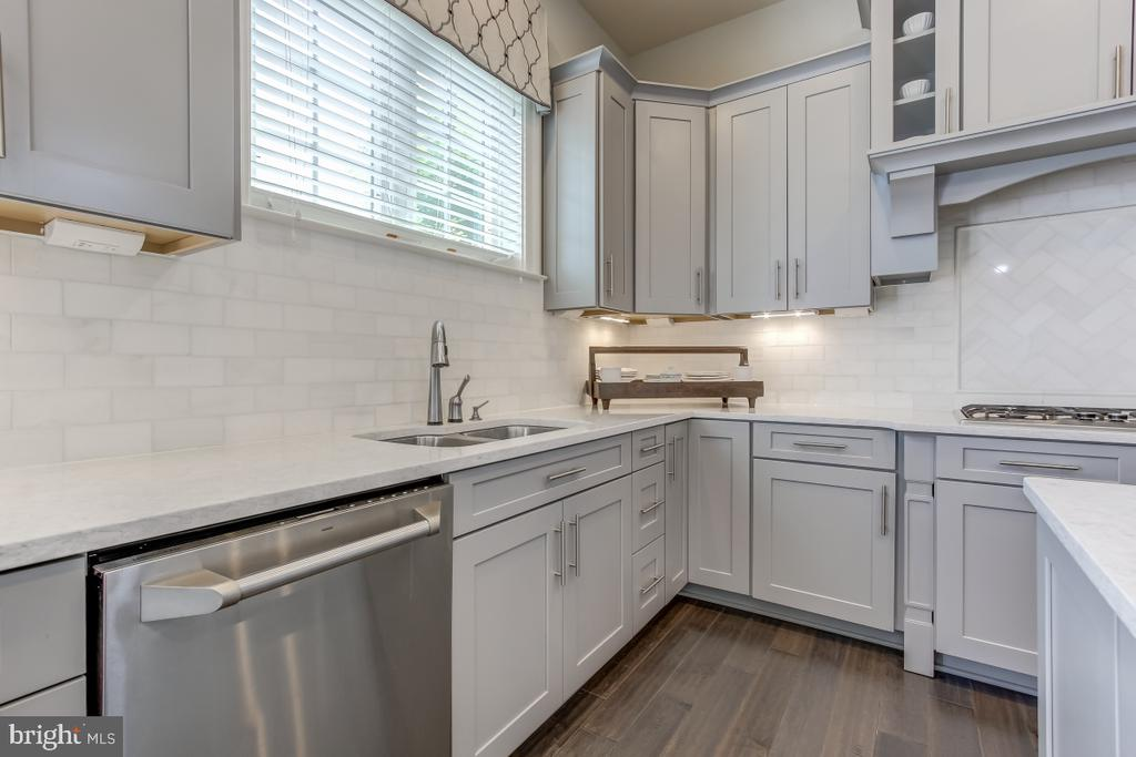 A closer look at the food prep area - 2327 DALE DR, FALLS CHURCH