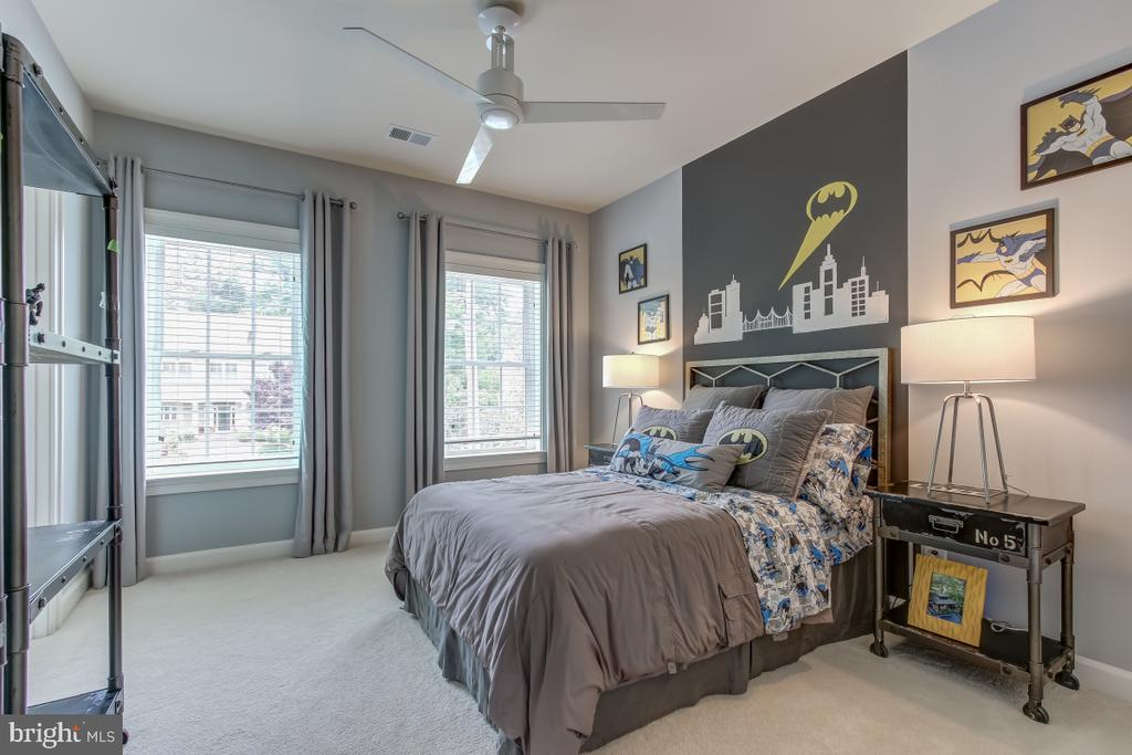Spacious and light upstairs bedroom 1 - 2327 DALE DR, FALLS CHURCH