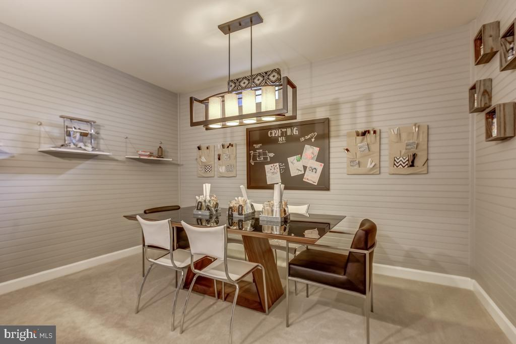 Lower level project, office or extra bedroom - 2327 DALE DR, FALLS CHURCH