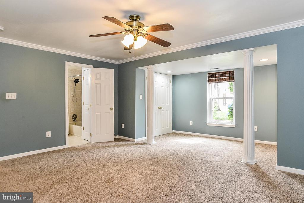 5th Bedroom with Ensuite - 5713 REGAL CREST CT, CLIFTON