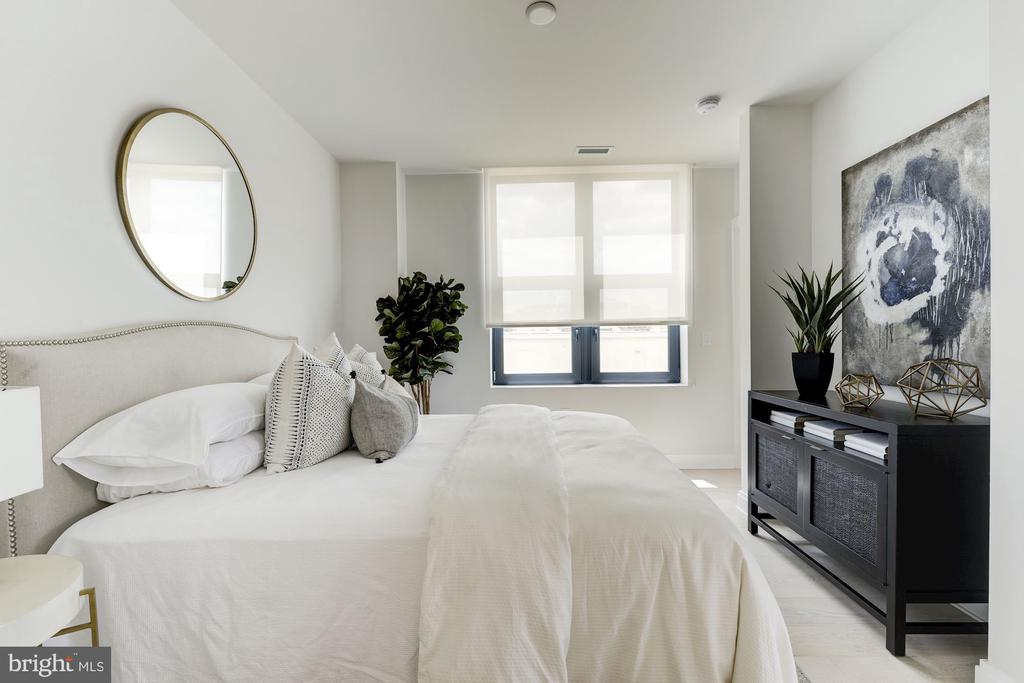 Main level guest suite - 1427 RHODE ISLAND AVE NW #PH3, WASHINGTON