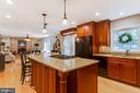 Cambria Quartz Countertops - 4321 FALLSTONE PL, DUMFRIES