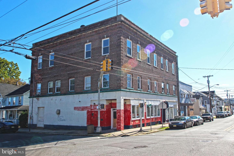 Single Family Homes pour l Vente à Phillipsburg, New Jersey 08865 États-Unis