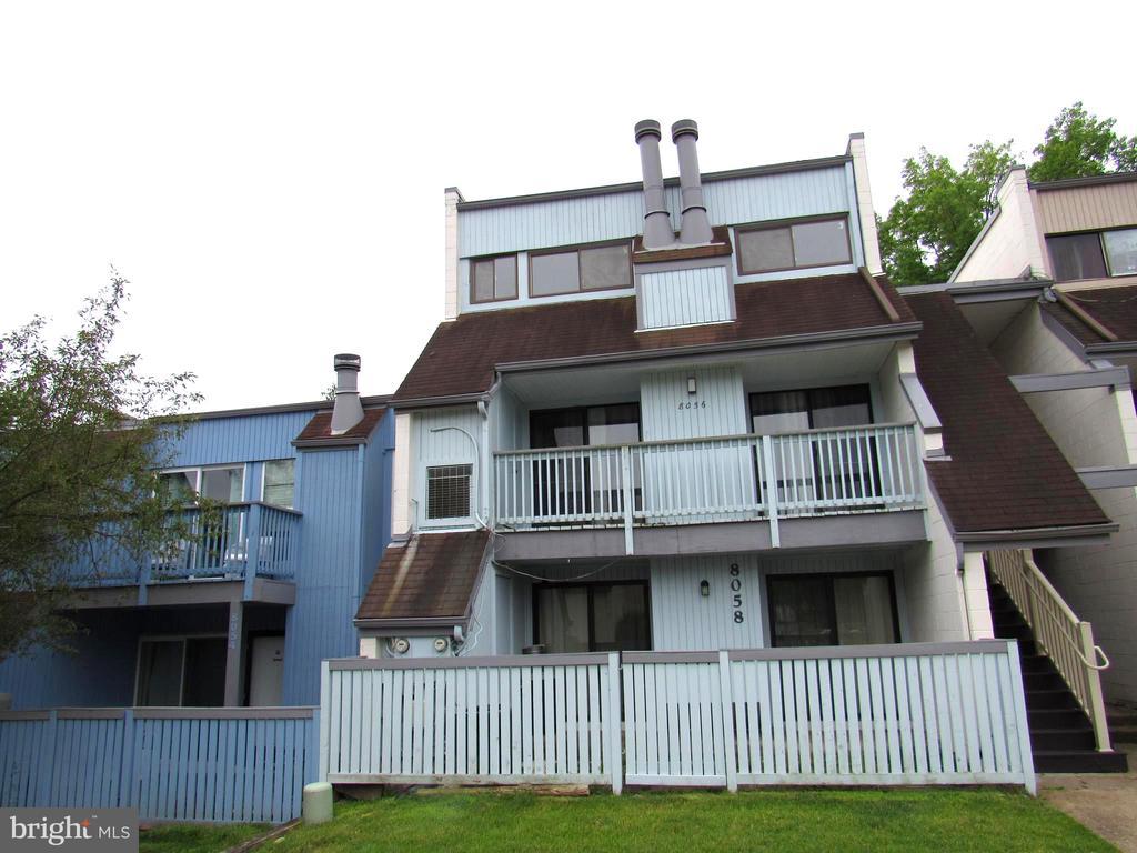WELCOME HOME! - 8056 PANTANO PL #6, ALEXANDRIA