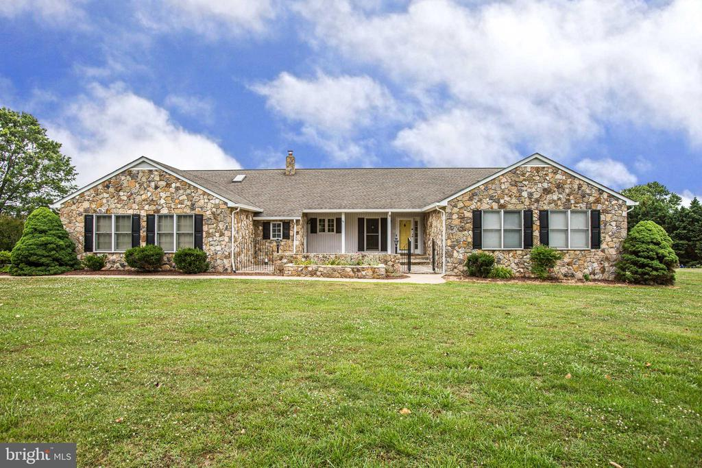 Welcome Home - 118 RINGGOLD RD, FREDERICKSBURG