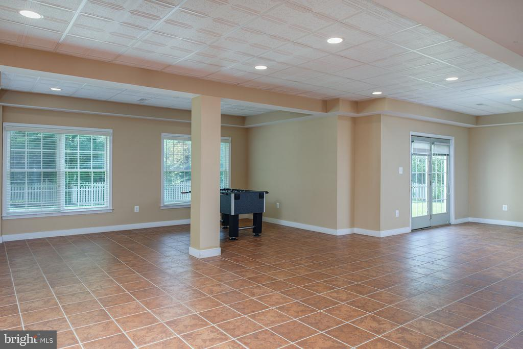 2 extra rooms not pictured here! - 43872 ASHLAWN CT, ASHBURN