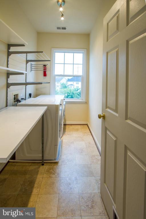 Laundry Room conveniently located upstairs - 18926 ROSINGS WAY, TRIANGLE