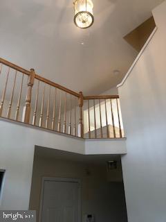 two story foyer - 9316 GARST DR, MANASSAS