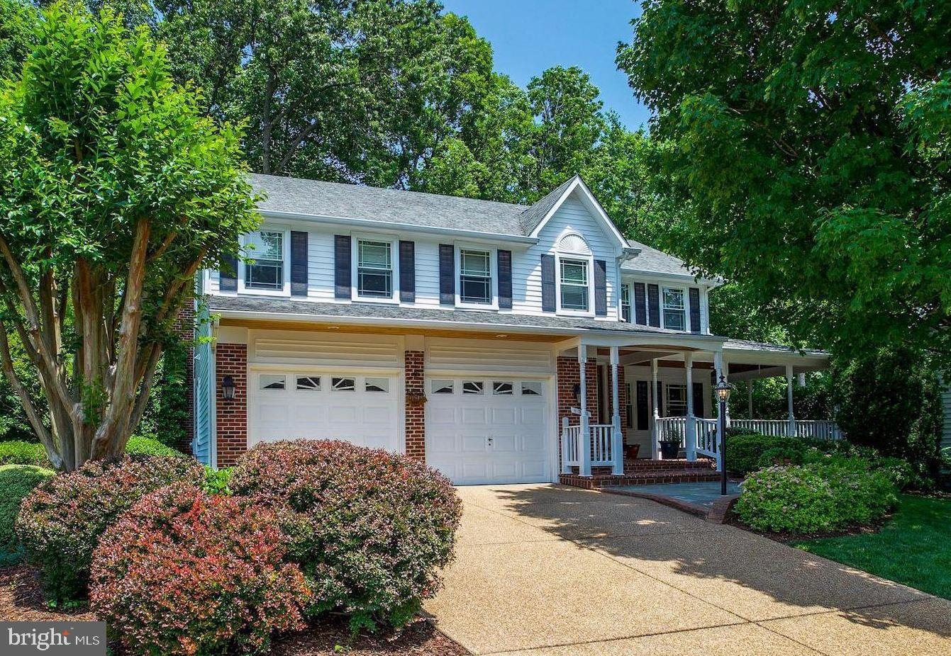 Single Family for Sale at 6541 Rockland Dr Clifton, Virginia 20124 United States