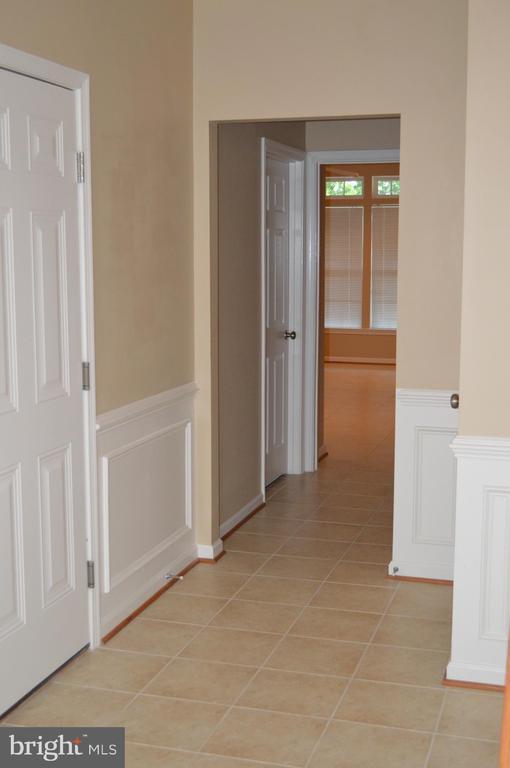 Main entrance Hallway -tile floors! - 210 MONROE POINT DR, COLONIAL BEACH