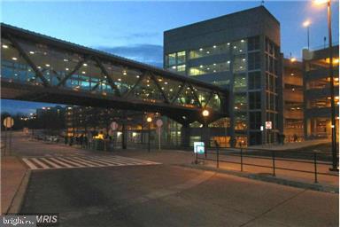 Springfield/Franconia Metro Station - 8303 BOTSFORD CT, SPRINGFIELD