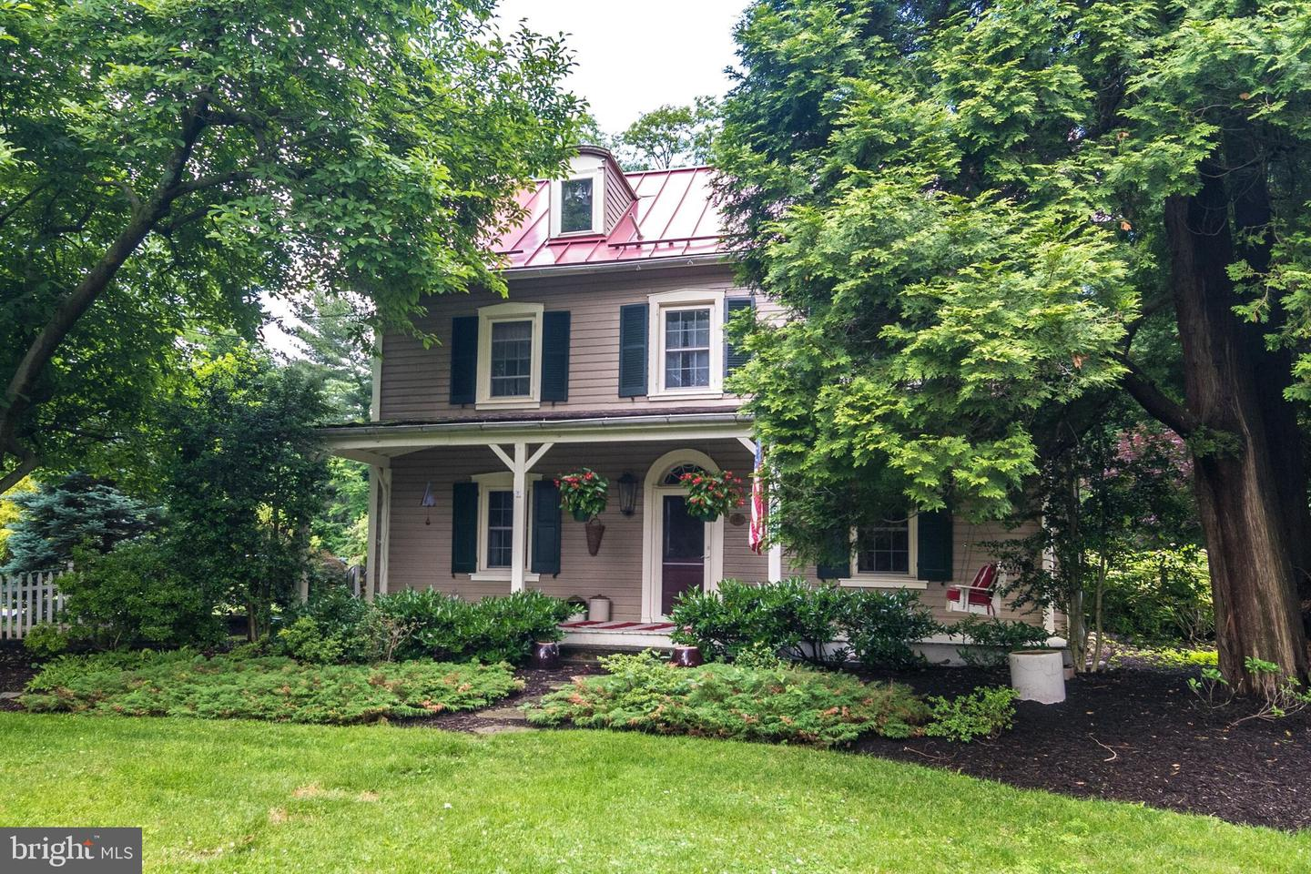 Photo of home for sale at 638 Conestoga Road, Berwyn PA