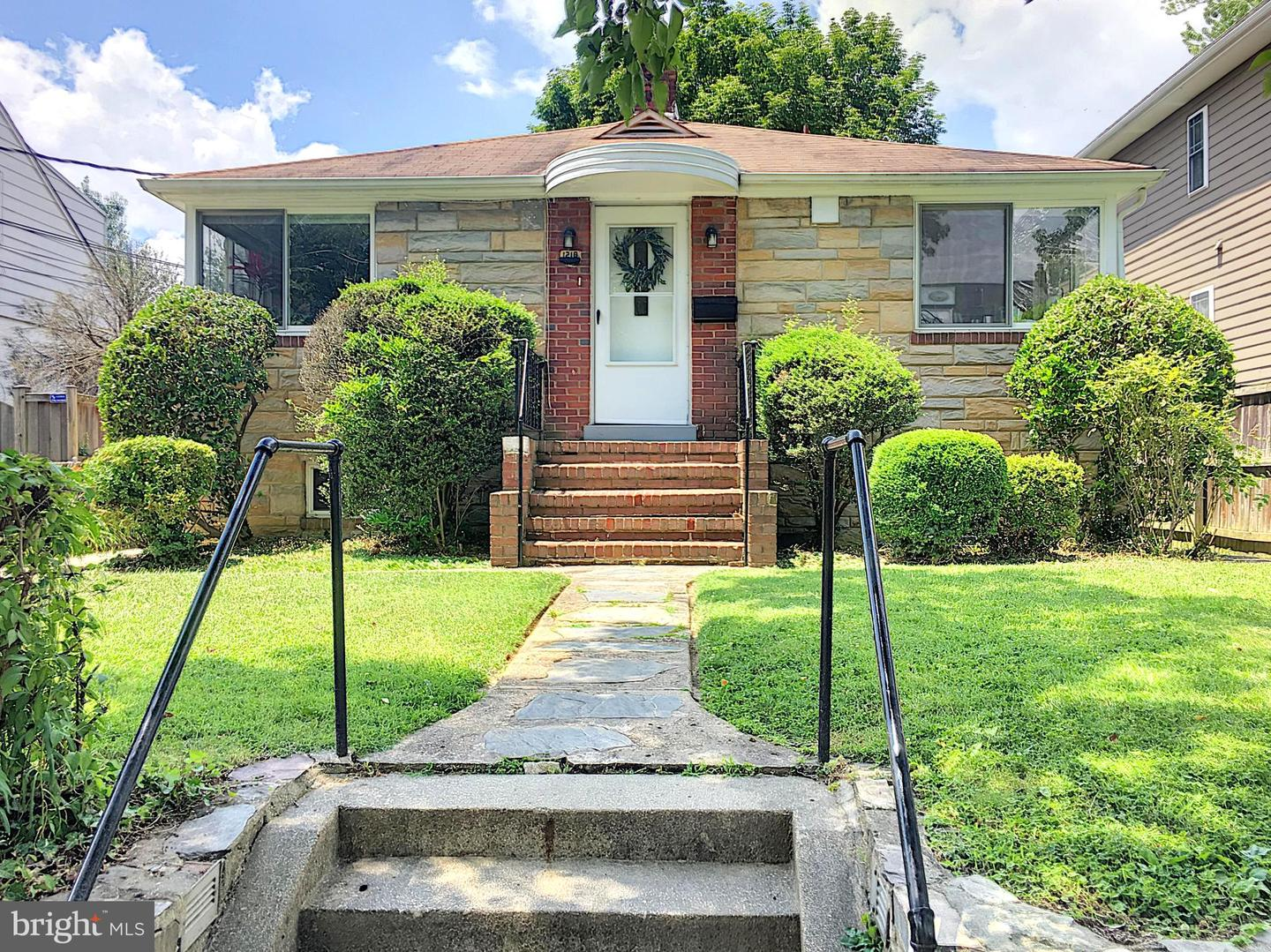 other residential homes for Rent at 1210 N Stuart St Arlington, Virginia 22201 United States