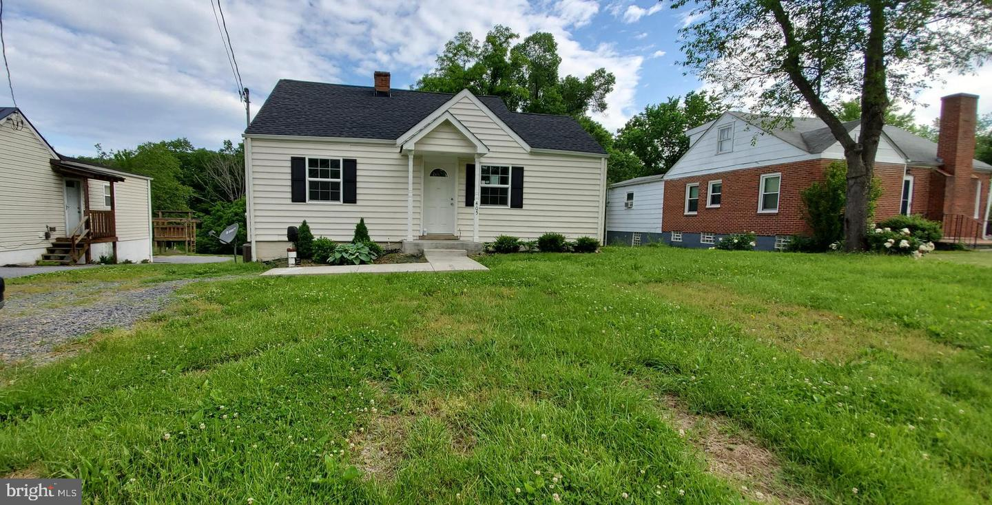Single Family for Sale at 405 Catlett Mountain Rd Front Royal, Virginia 22630 United States