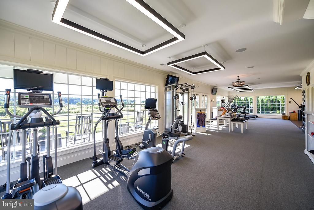 Fitness Studio - 40559 GROGAN CT, LEESBURG