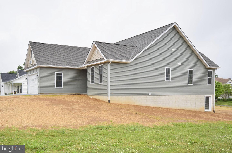 Single Family Homes للـ Sale في Woodstock, Virginia 22664 United States