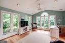 Fabulous sun room right off the kitchen - 43131 WEATHERWOOD DR, ASHBURN