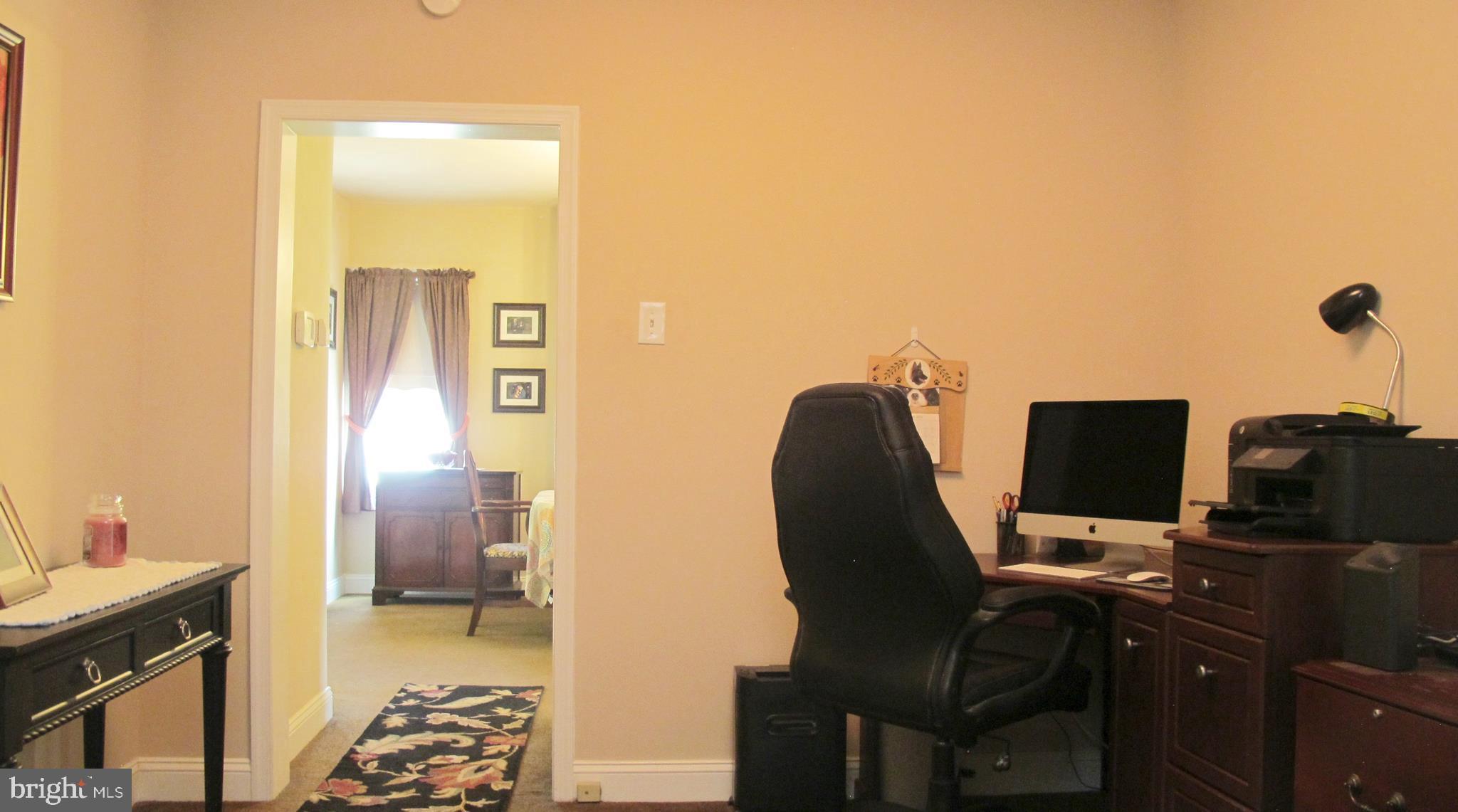 BONUS Den/Home Office