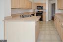 Kitchen - 19355 CYPRESS RIDGE TER #823, LEESBURG