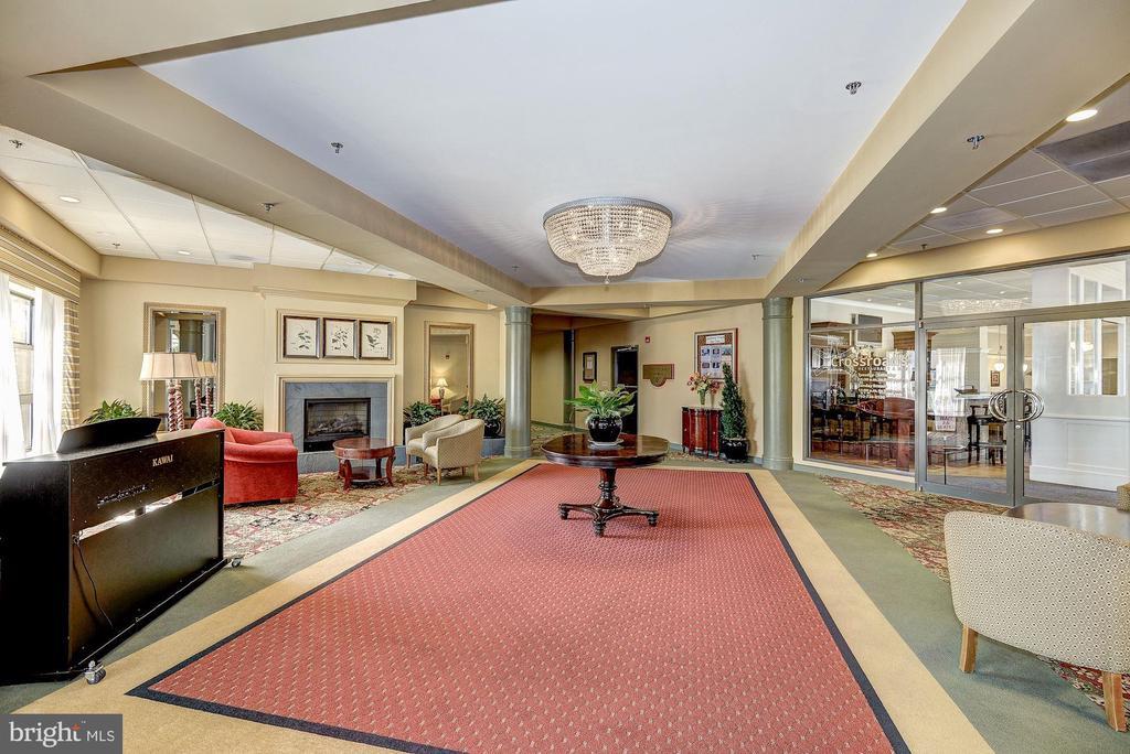 Community lounge - 19355 CYPRESS RIDGE TER #823, LEESBURG