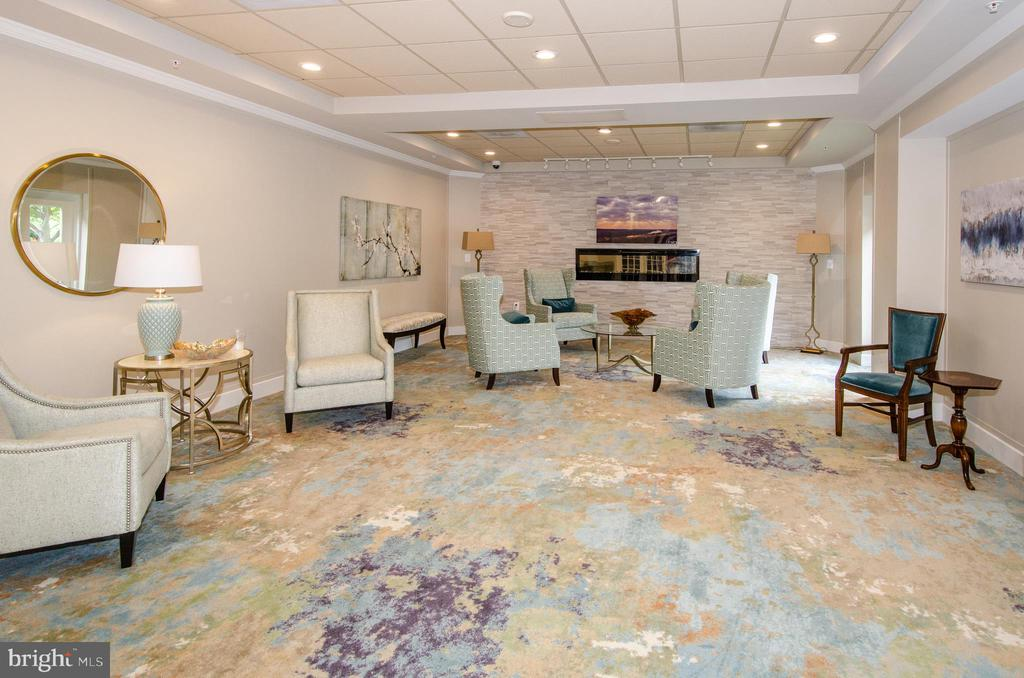 Lounge in the lobby of the condo building - 19355 CYPRESS RIDGE TER #823, LEESBURG