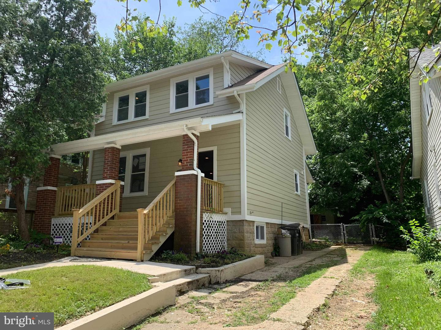 Additional photo for property listing at 4220 31st St Mount Rainier, Maryland 20712 United States