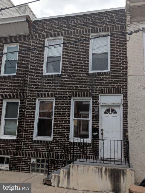 1555 S CAPITOL Street  Philadelphie, Pennsylvanie 19146 États-Unis