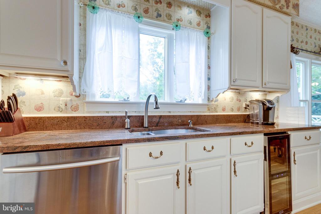 Built-in Wine Refrigerator. - 11256 WAPLES MILL RD, OAKTON