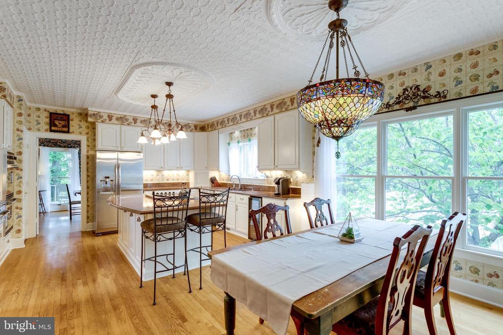 Breakfast Room. - 11256 WAPLES MILL RD, OAKTON