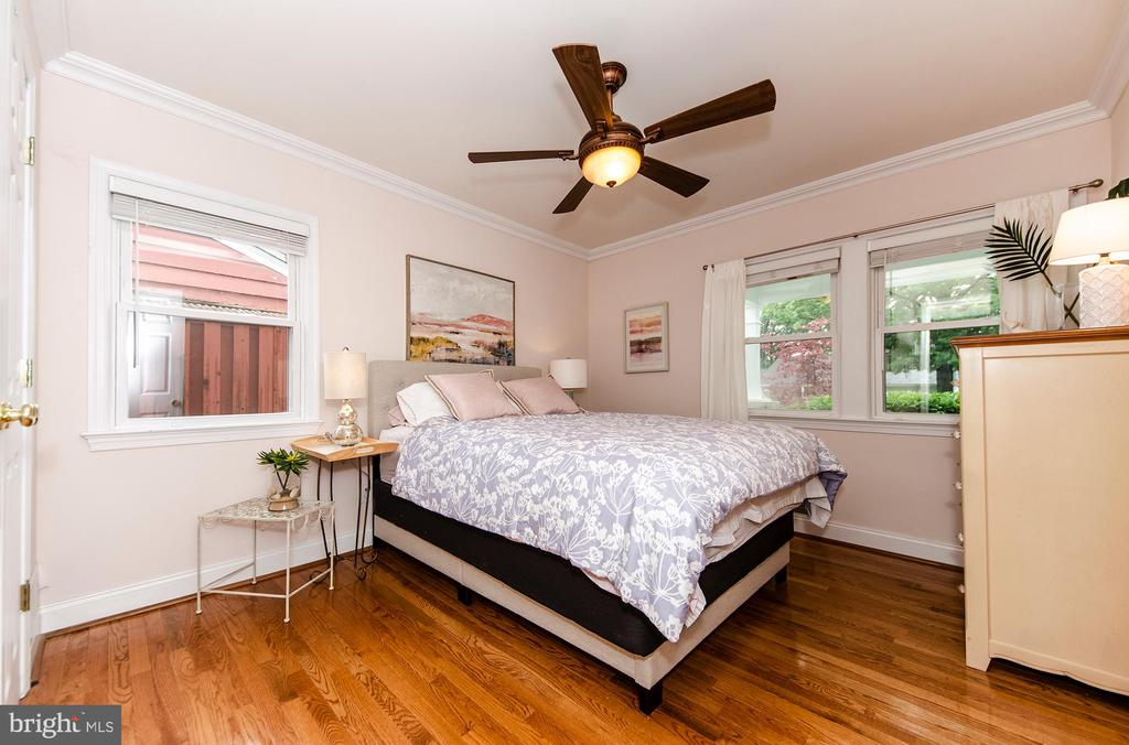 Main Level Bedroom - 6419 28TH ST N, ARLINGTON