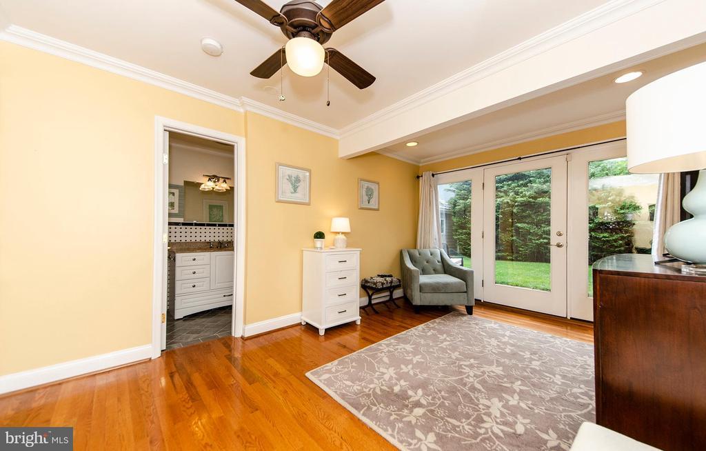 Main Level Master Bedroom - 6419 28TH ST N, ARLINGTON
