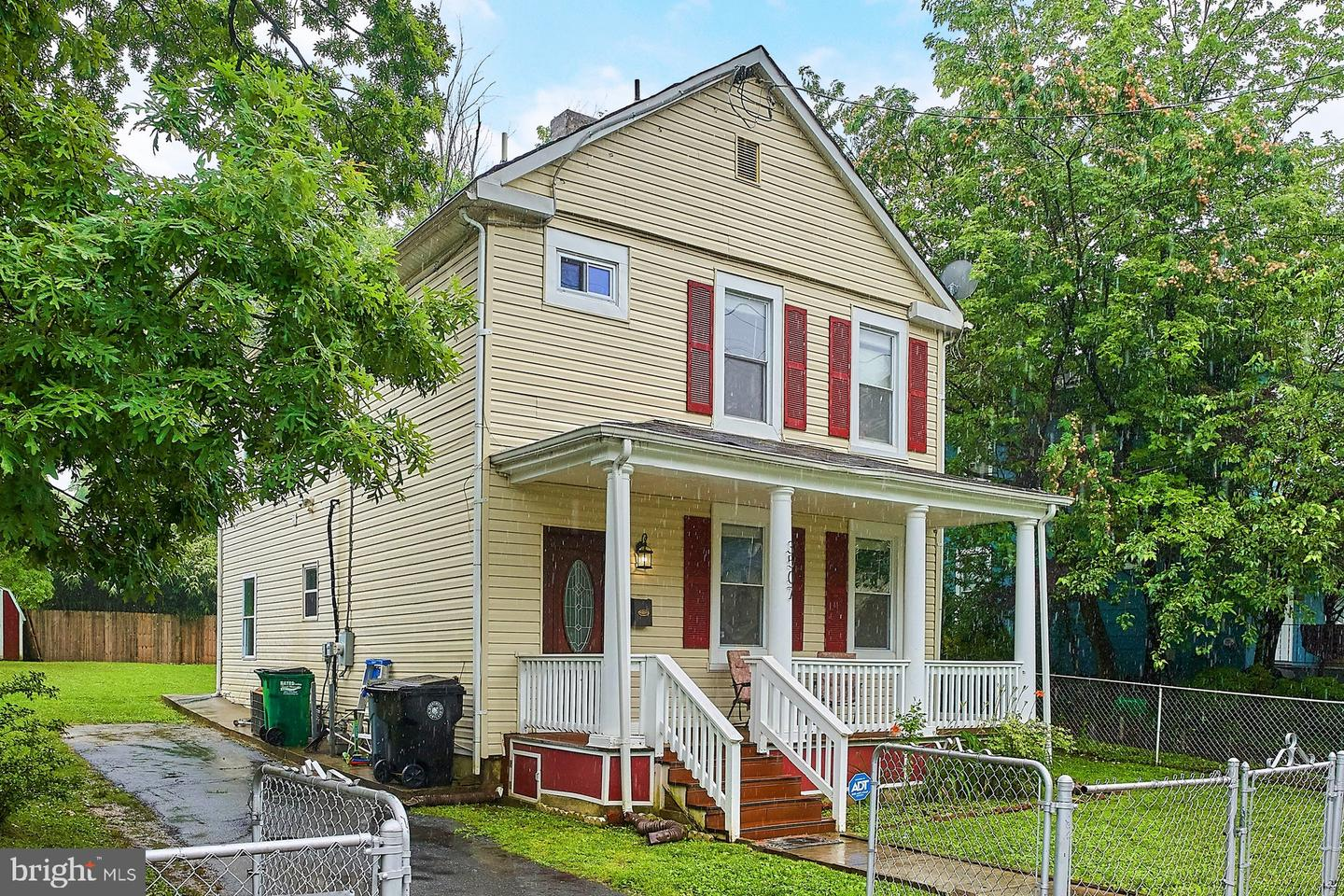Single Family Homes por un Venta en Brentwood, Maryland 20722 Estados Unidos