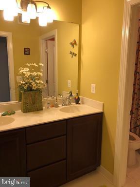 Bathroom - 44596 STEPNEY DR, ASHBURN